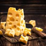 トムとジェリーのチーズで有名なエメンタールってどんなチーズ?チーズアイの新常識!おすすめの食べ方は?