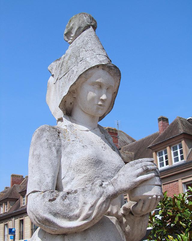 マリー・アレル像