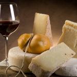 チーズと赤ワインとの相性を高める食べ合わせのポイントとは?