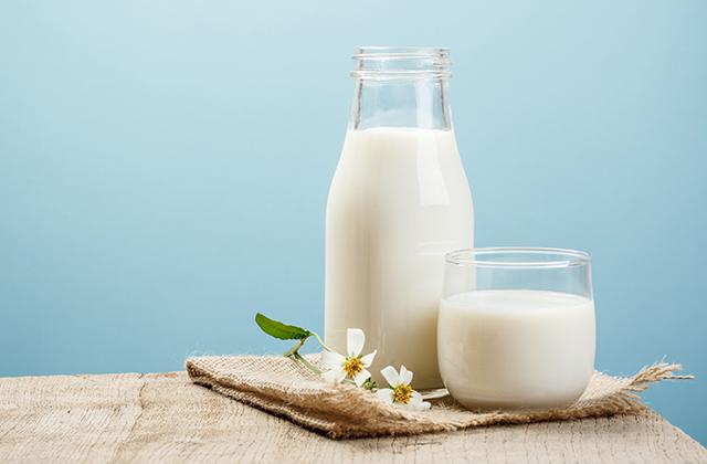 ミルク 白